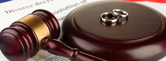 gavel, divorce decree, wedding rings